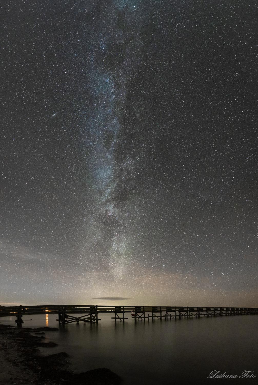 050119 Mælkevejen over broen på Ordrup Strand