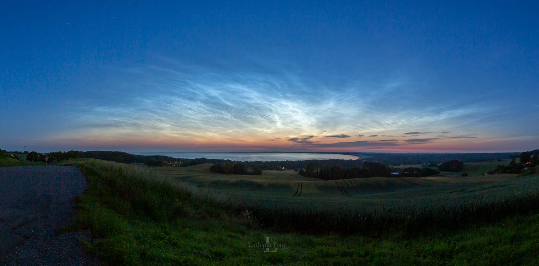 180619 Panorama med lysende natskyer over Udsigten, Høve