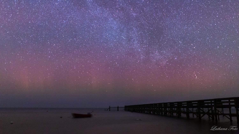 270219 Nordlys og stjerner på Ordrup Strand