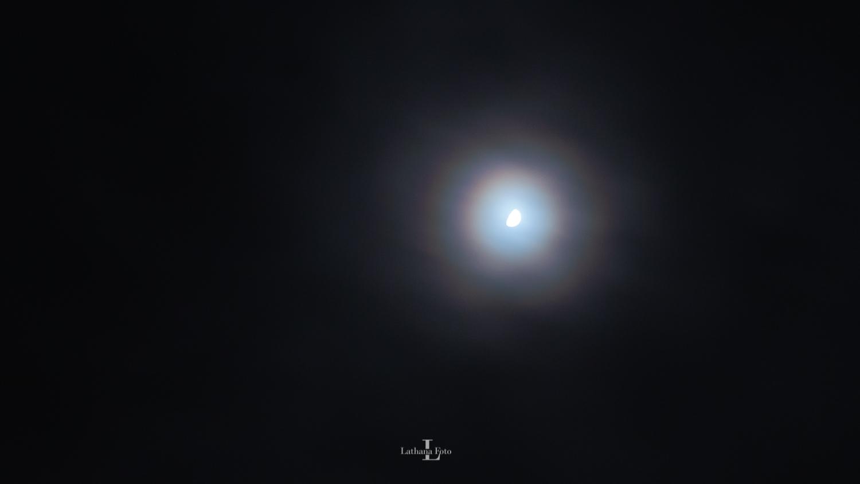 corona om månen 030220