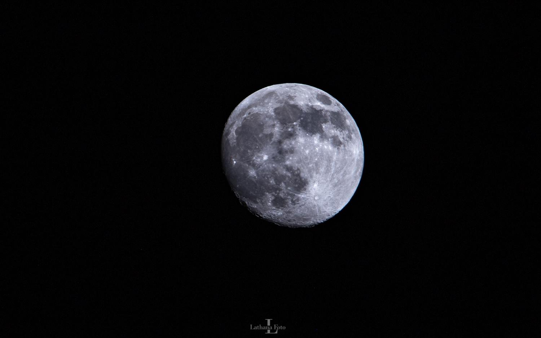 Månen 260121 552 mm